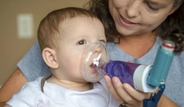 Бронхит у младенцев: его особенности и терапевтический подход