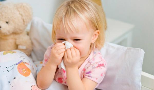 Какие симптомы при развитии пневмонии у грудничка?