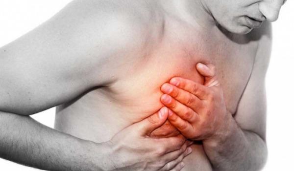 О чем говорит боль в груди при пневмонии?